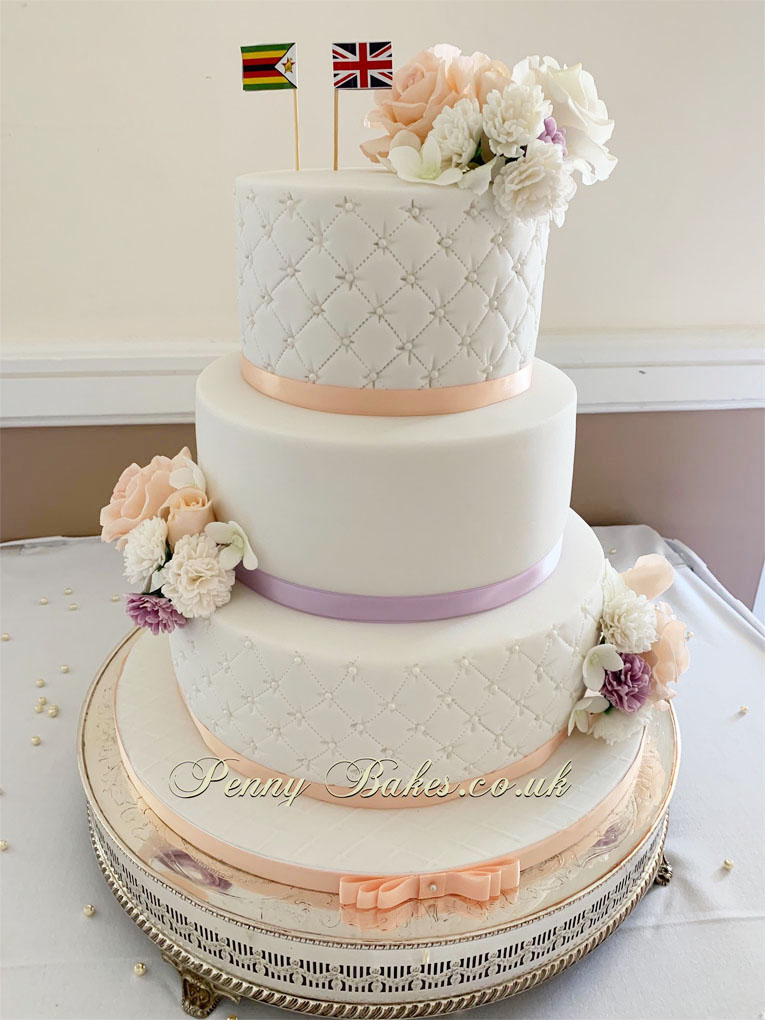 Penny_Bakes_Somerset_Cakes_Weddings_22.jpg