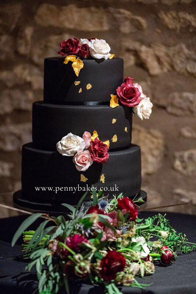 Penny_Bakes_Somerset_Cakes_Weddings_03.jpg