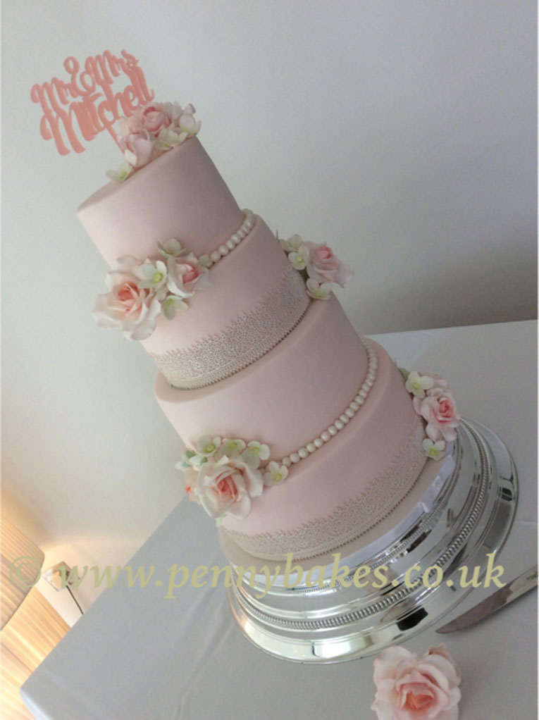 Penny_Bakes_Somerset_Cakes_Weddings_09.jpg