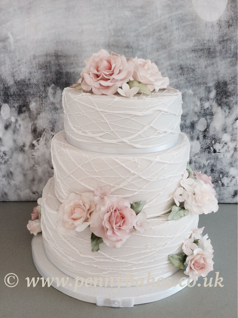 Penny_Bakes_Somerset_Cakes_Weddings_17.jpg