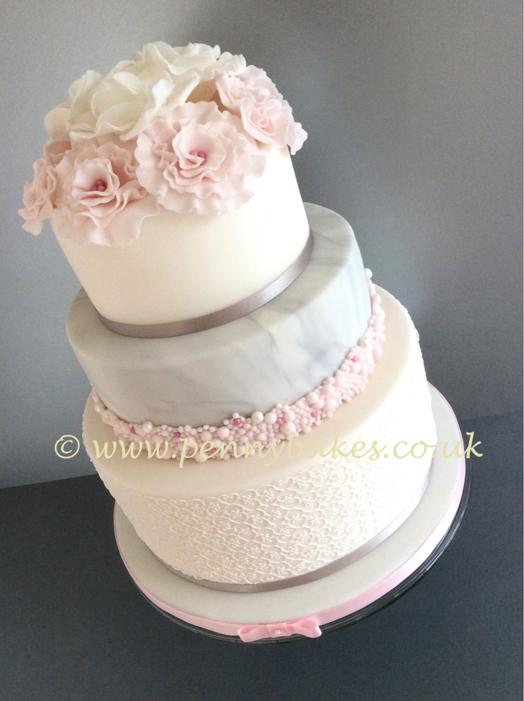 Penny_Bakes_Somerset_Cakes_Weddings_21.jpg