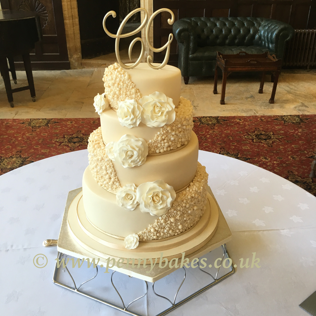 Penny_Bakes_Somerset_Cakes_Weddings_34.jpg