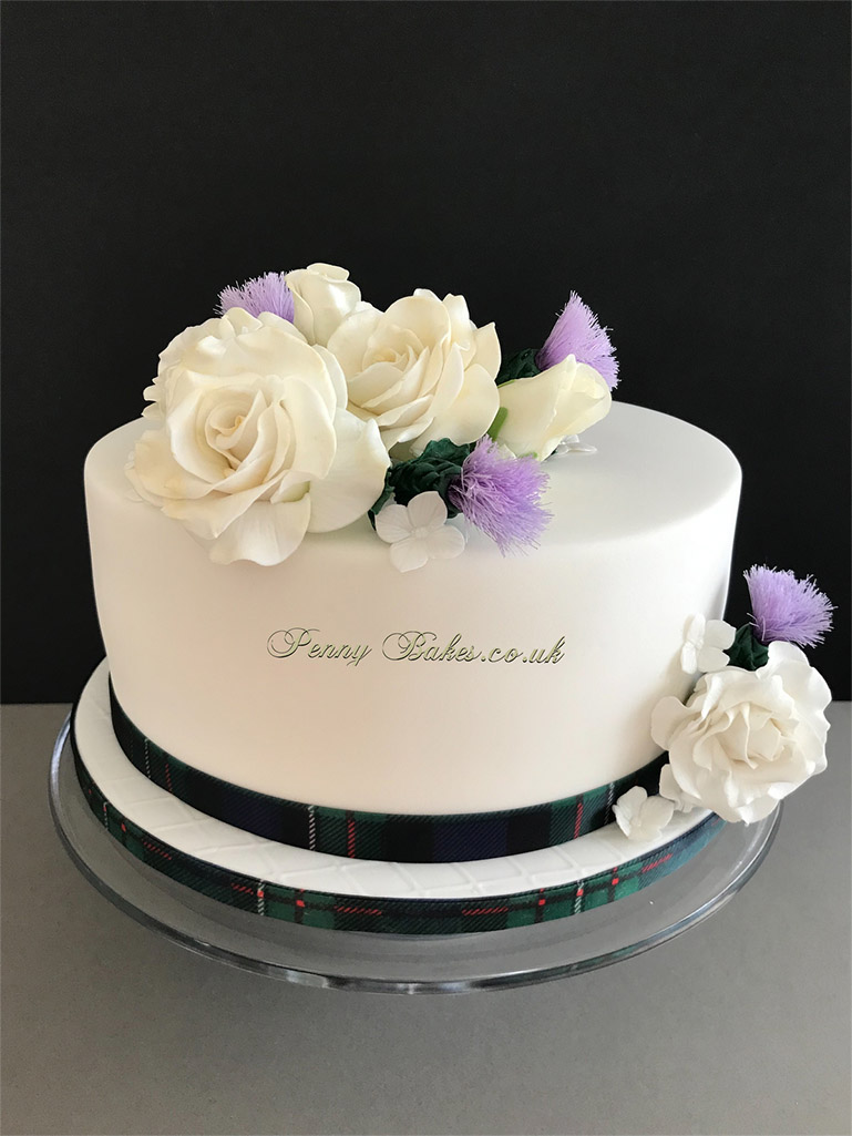 Penny_Bakes_Somerset_Cakes_Weddings_31.jpg