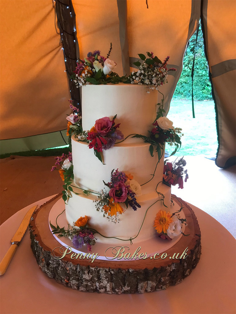 Penny_Bakes_Somerset_Cakes_Weddings_45.jpg