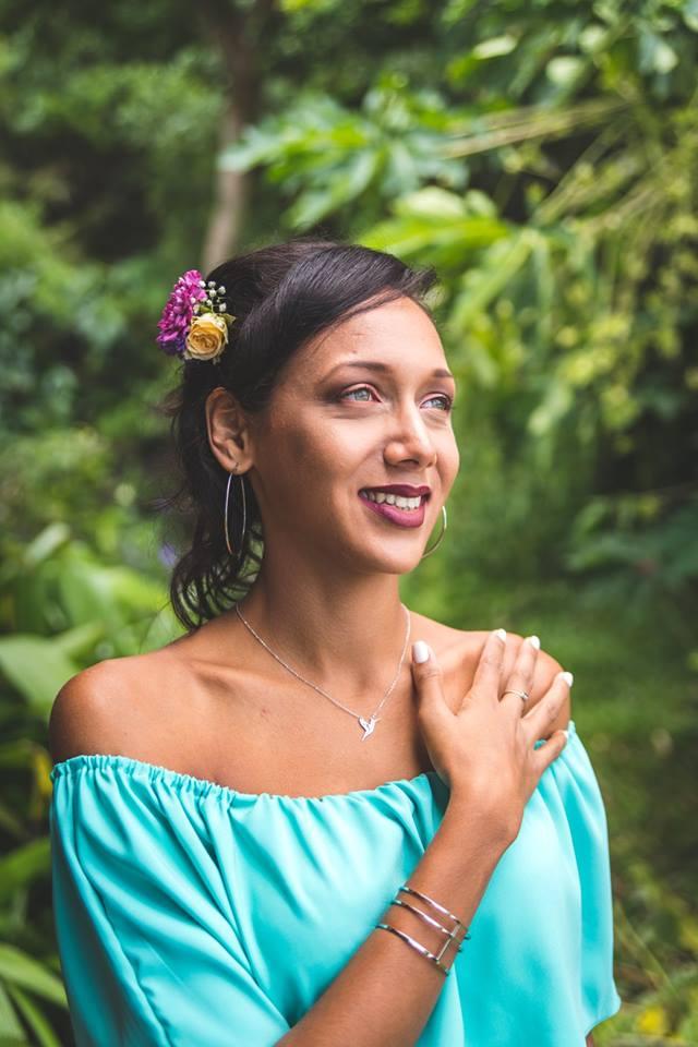 MRevenement organisation mariage à la Réunion _ La mariée et ses demoiselles d'honneur (34).jpg