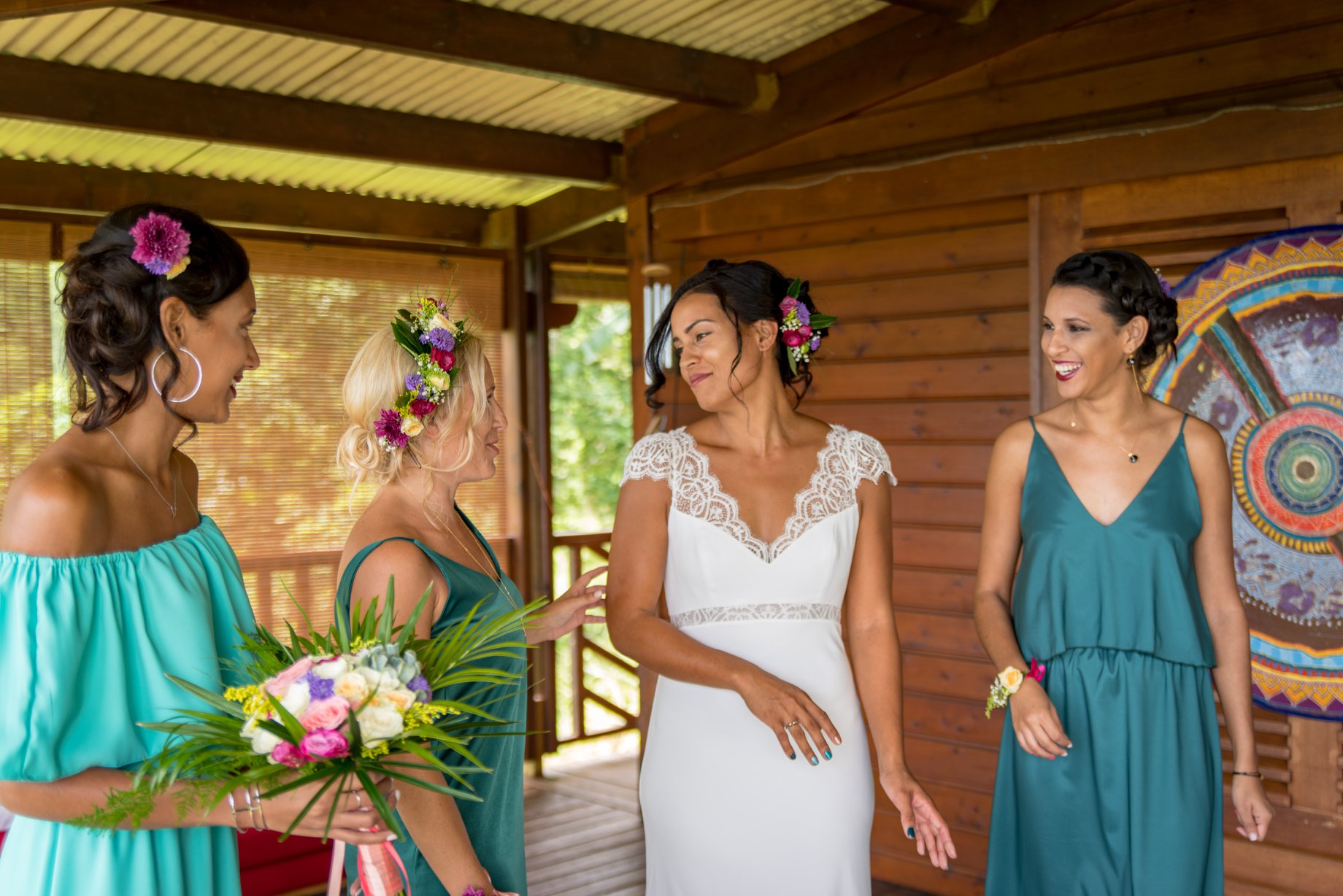 MRevenement organisation mariage à la Réunion _ La mariée et ses demoiselles d'honneur (25).jpg