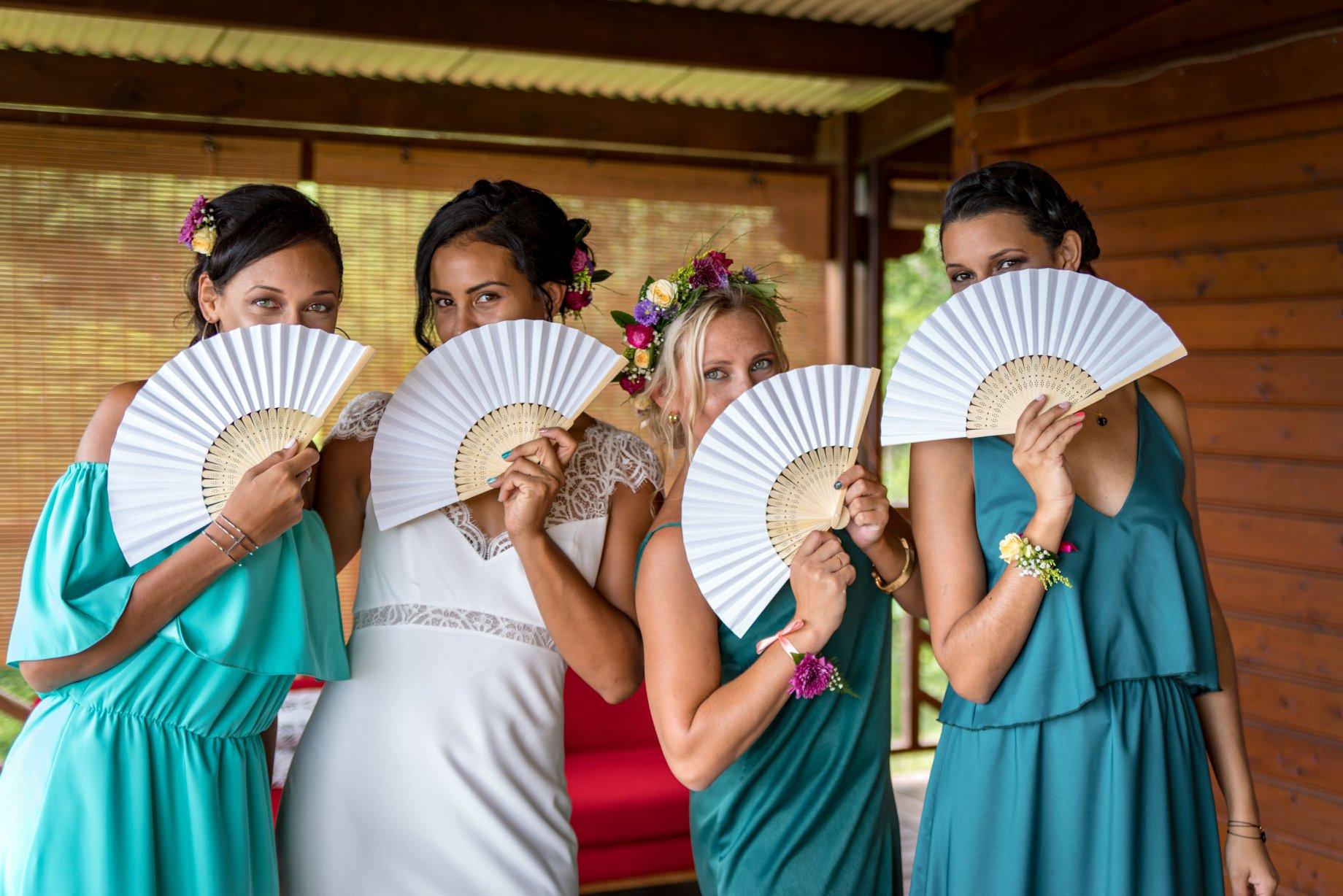MRevenement organisation mariage à la Réunion _ La mariée et ses demoiselles d'honneur (27).jpg
