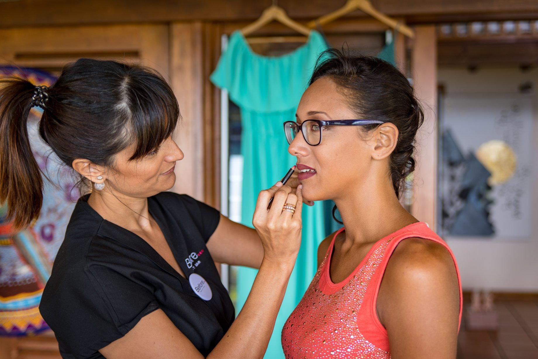 MRevenement organisation mariage à la Réunion _ La mariée et ses demoiselles d'honneur (31).jpg