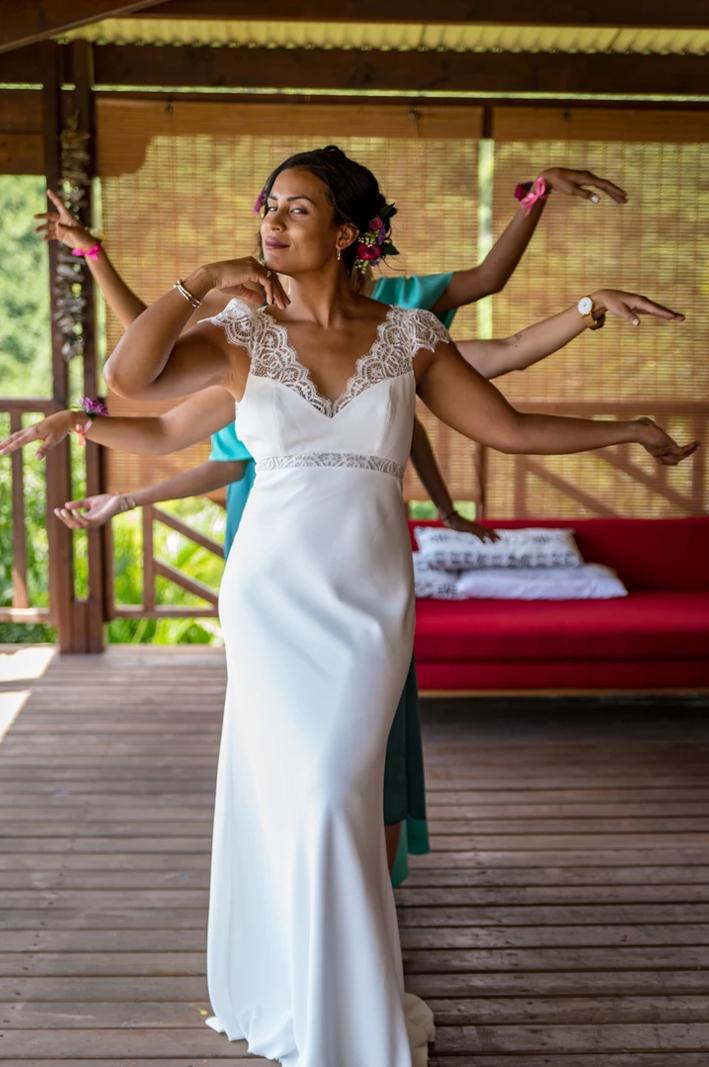 MRevenement organisation mariage à la Réunion _ La mariée et ses demoiselles d'honneur (42).jpg
