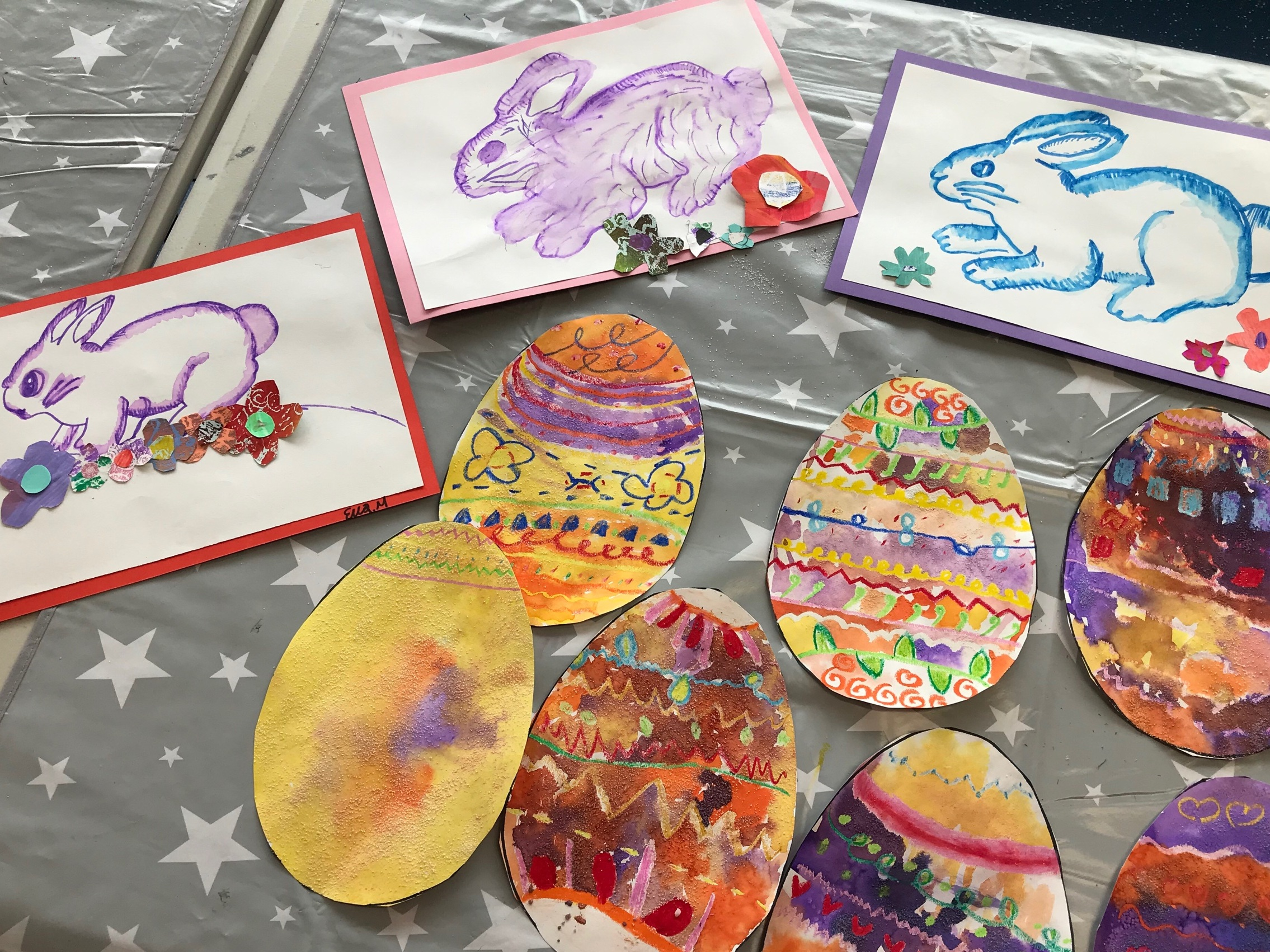 Easter holiday camp projects with drawing and liquid watercolours
