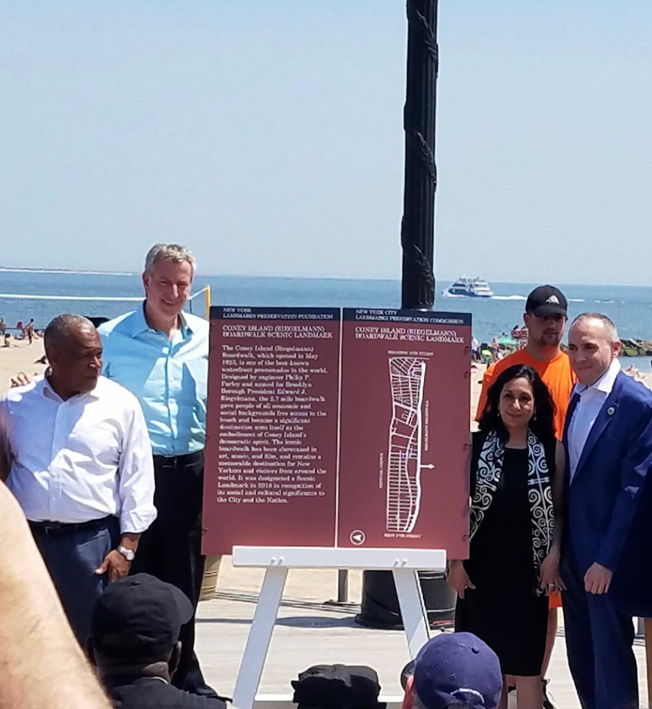 Left:  Mitchell Silver , Parks Commissioner,  Mario de Blasio ,   Mayor of New York. Right:  Meenakshi Srinivasan, Former  Chair,  NYC Landmarks Preservation Commission ,  Mark Treyge , Council Member