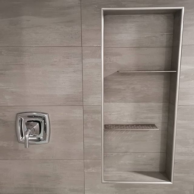 Thanks @schlutersystemsna for making these beautiful products. I really love the designer grates and the new stainless steel shower shelves. 😎