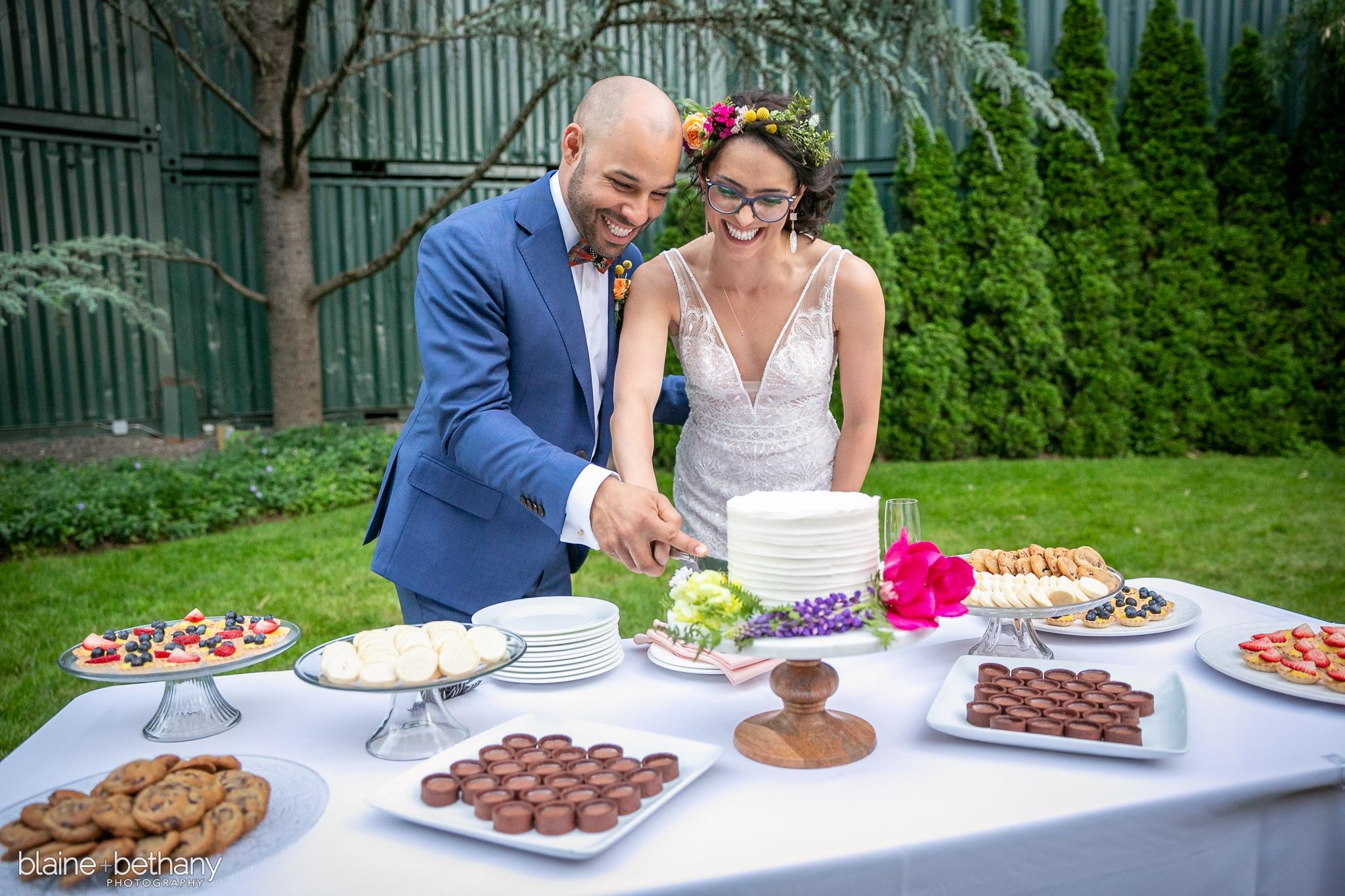 ss097-514-11-briana-jesse-wedding.jpg