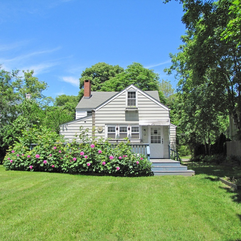 $2.1M RESIDENTIALFIX & FLIP LOAN - SAG HARBOR, NEW YORKRate: 8.99%Terms: 1 YearLTC: 80% Purchase + 100% RehabTurnaround Time: 28 Days