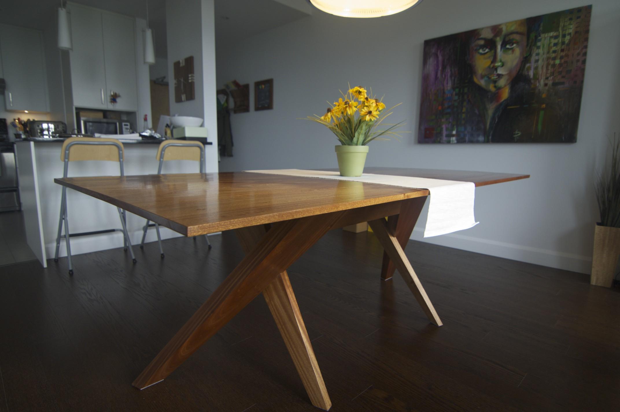 table_manger_sapele_2.jpg