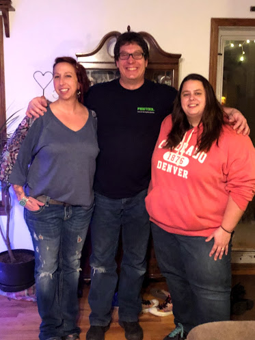 Mike with Sisters, Michelle (l) and Melissa (rt).jpg