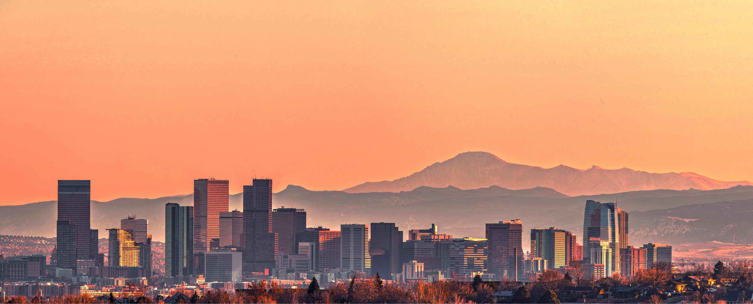 Denver skyline small shutterstock_1241196481 (1).jpg
