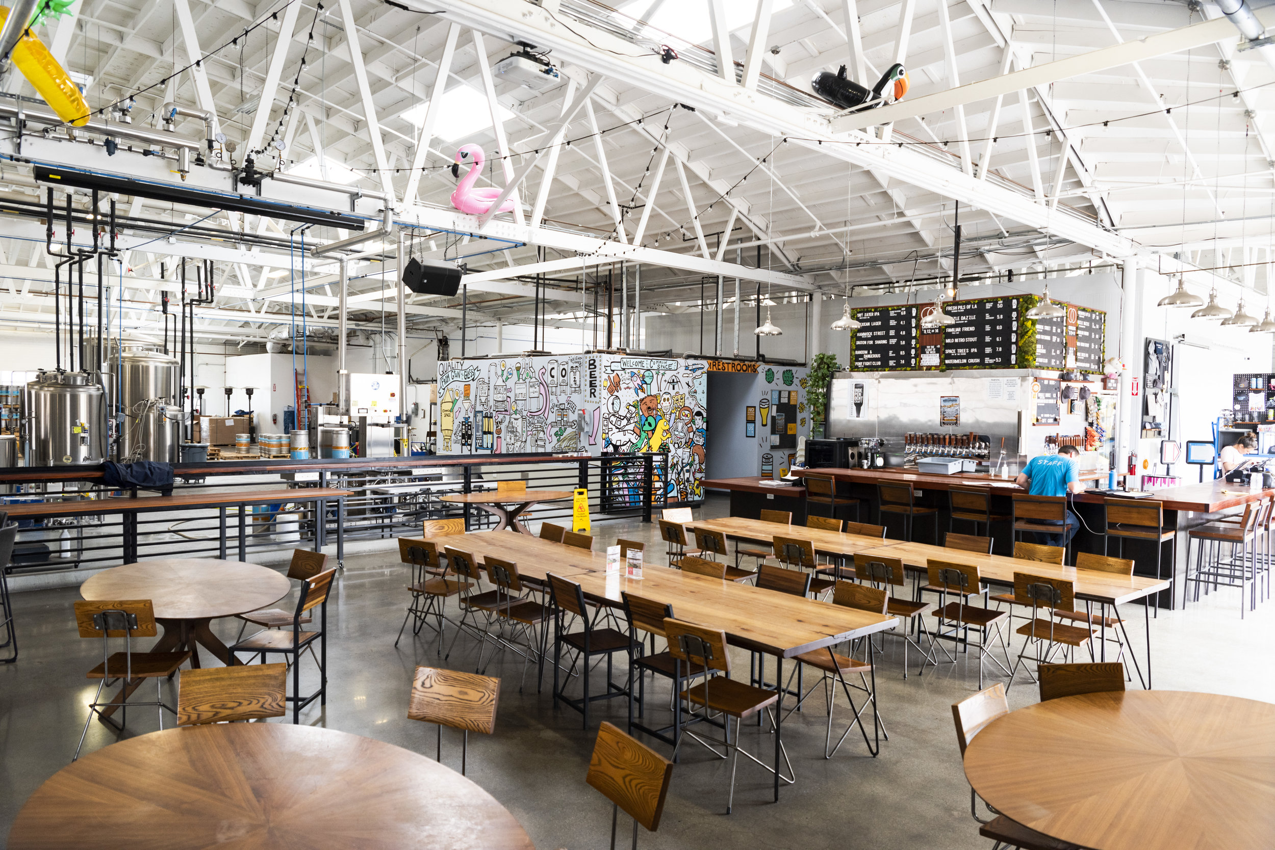 common-space-brewery-los-angeles-south-bay-taproom-beer-tasting-room