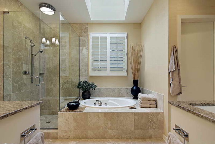 700 - Tan Tub&Shower.jpg