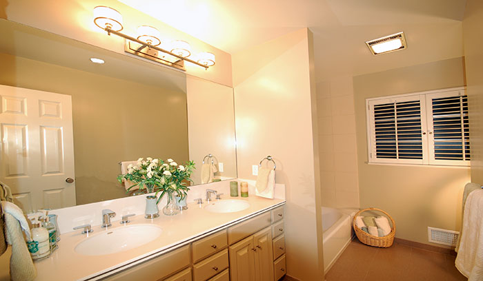 Staging - Hall Vanity.jpg