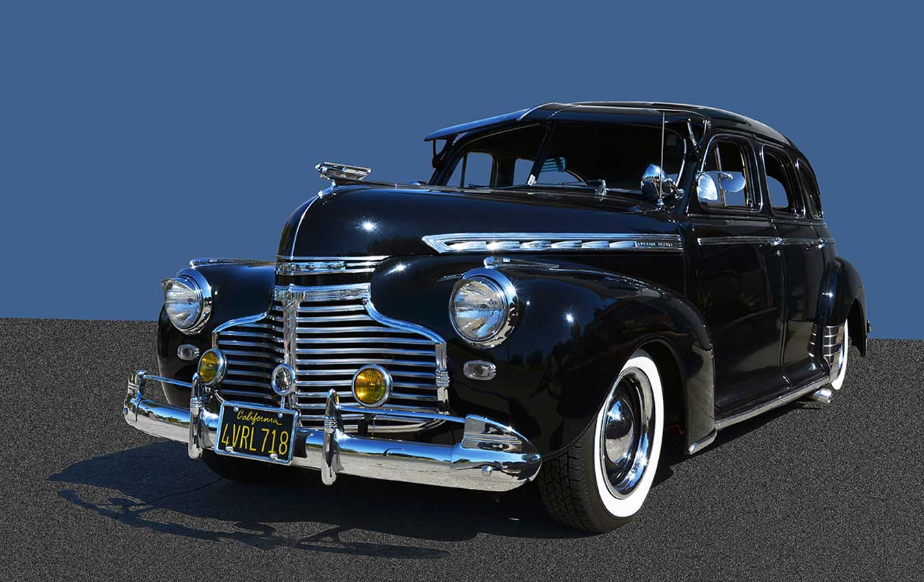 Car-and-shadow-on-background-1200px--8-21-14.jpg