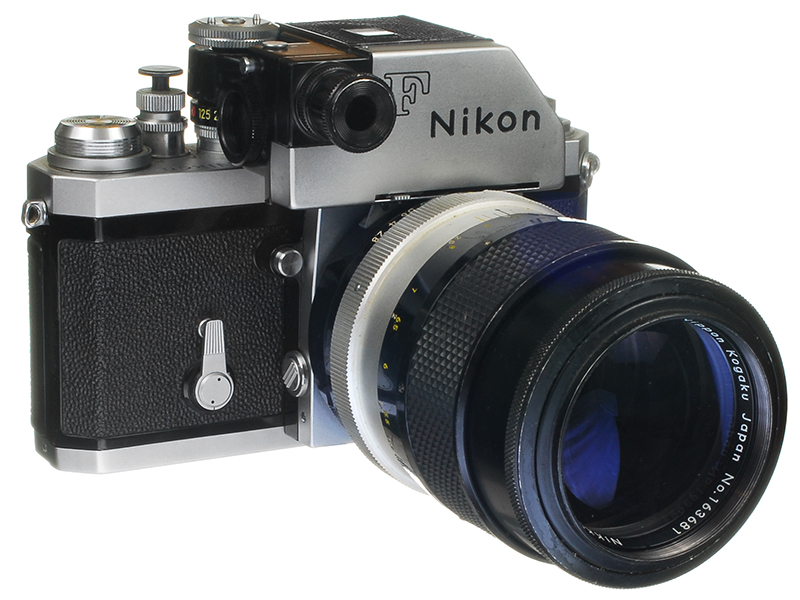 Nikon F with late model F Photomic theaded battery cover - 800.jpg