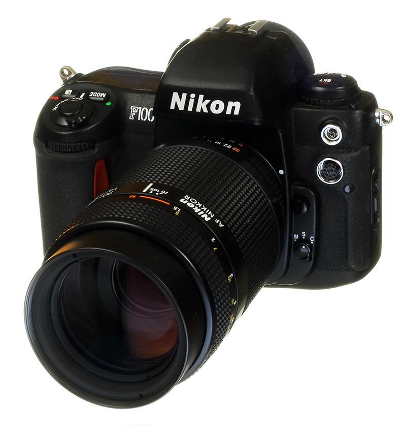 Nikon F100 - 800.jpg