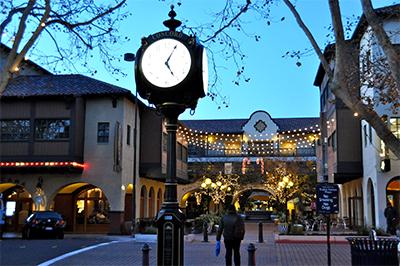 Lead Clock & Plaza 400px.jpg