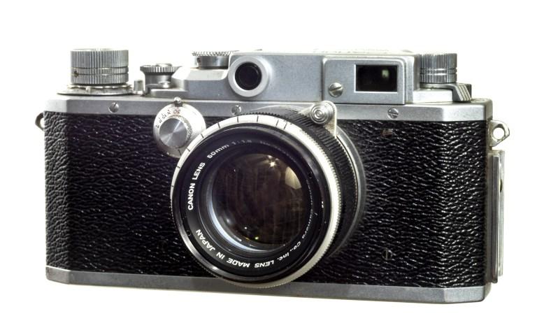 Canon IIS2 – Canon 50 mm f/1.8 – Circa 1955