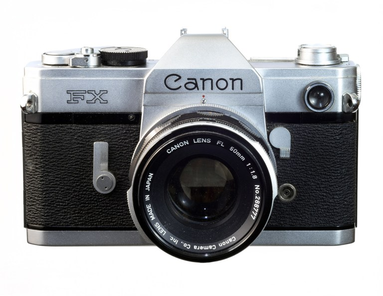 Canon FX – Canon FL 50mm f/1.8 – Circa 1964