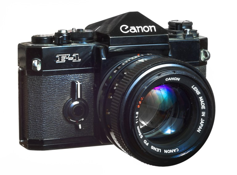 Canon F-1 – Canon FD 55mm f/1.2 – Circa 1971