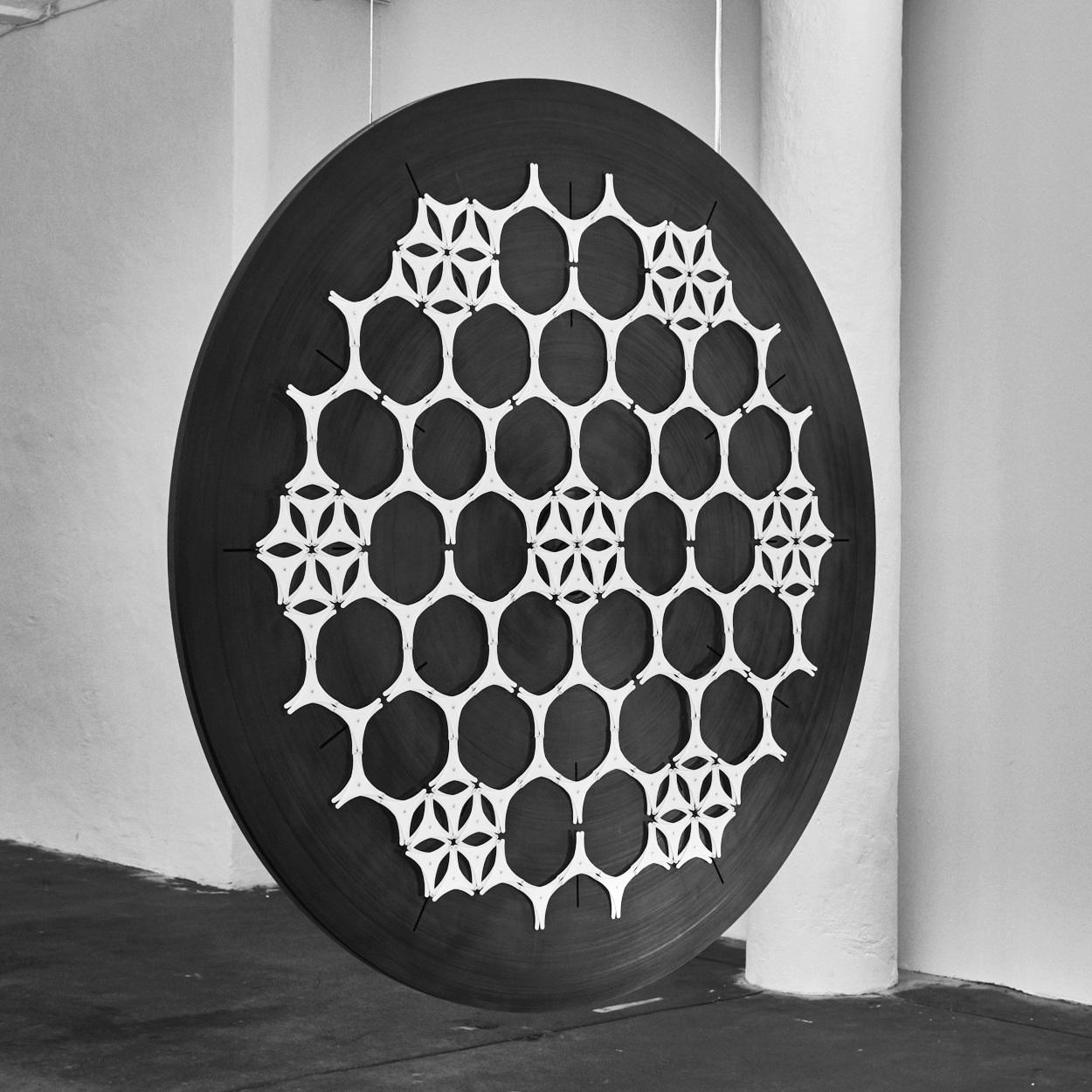 rlon-kinetic-art-installation-samsara_1.jpg