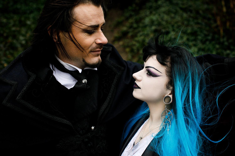 Elisha-Clarke-Photography-Goth-Styled-Shoot-36.jpg
