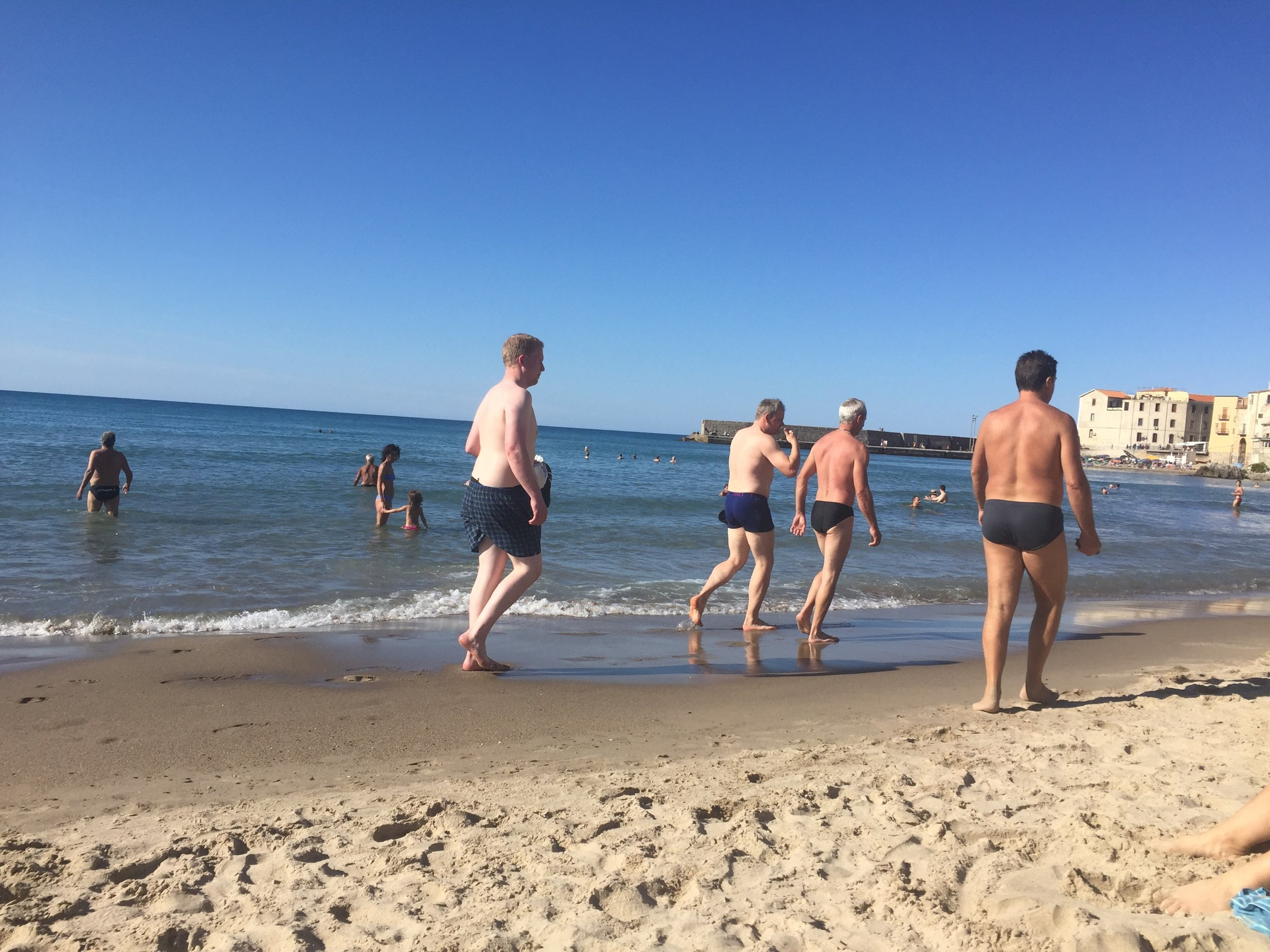 Busty nude beach 33 Celebrities