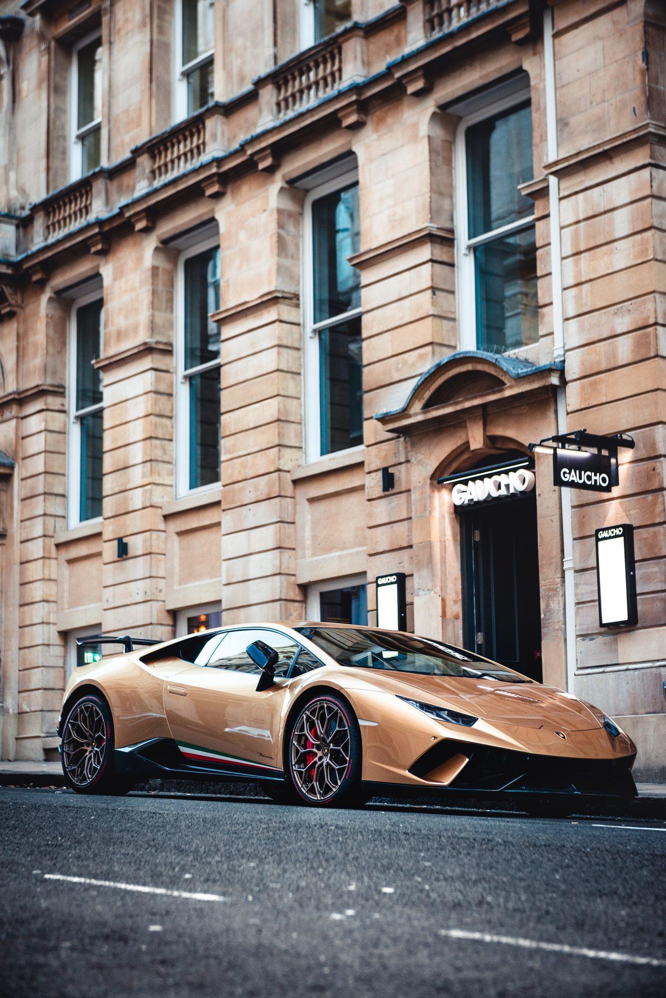 Luxury-Car.jpg