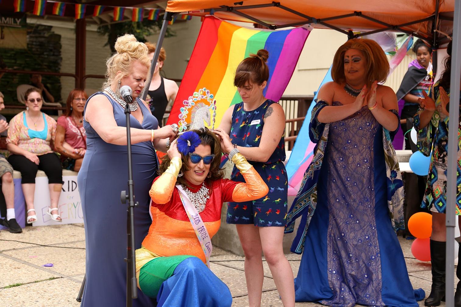 Pride2018_466_family peek.jpg