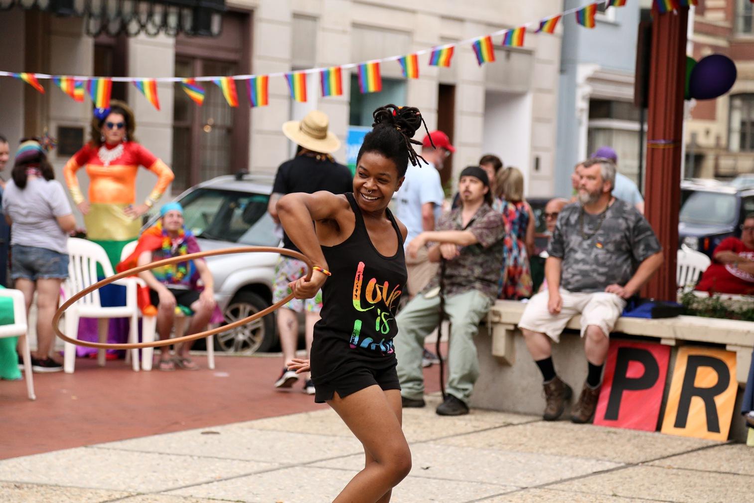 Pride2018_366_family peek.jpg