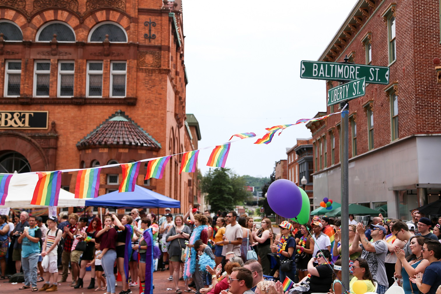 Pride2018_266_family peek.jpg
