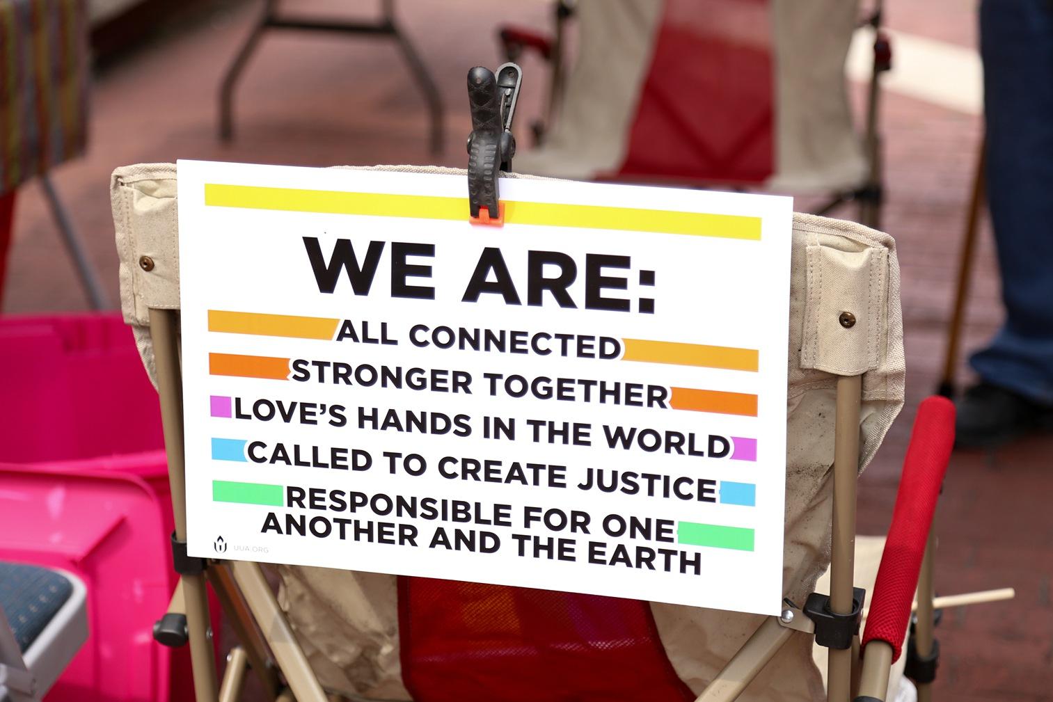 Pride2018_001_family peek.jpg