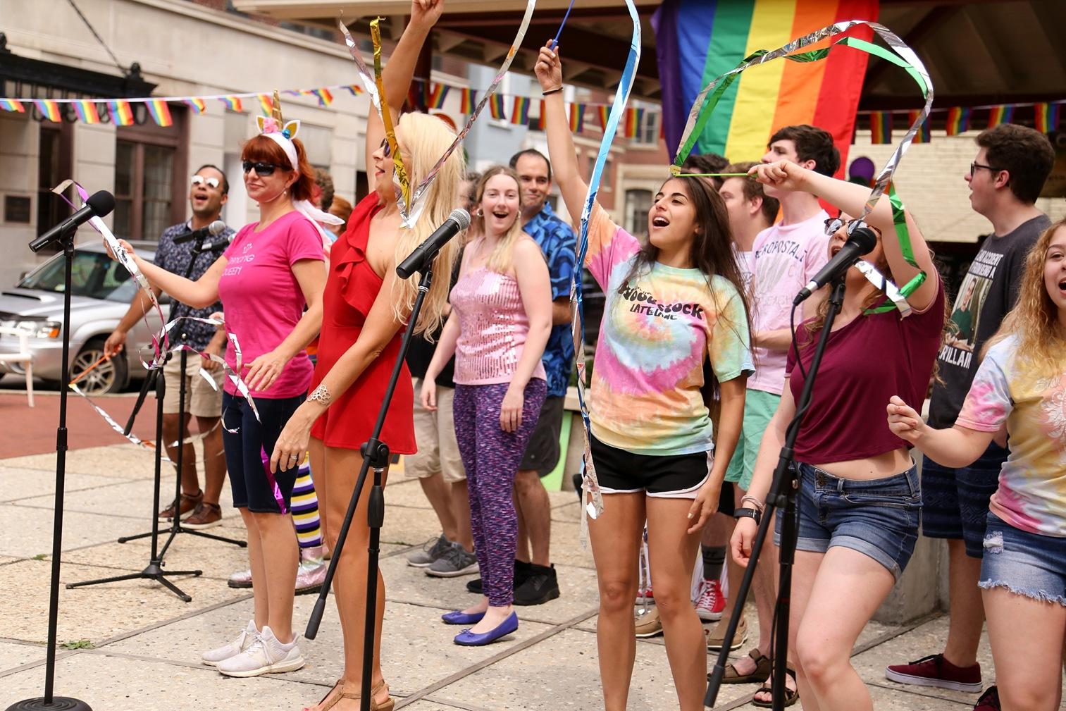 Pride2018_030_family peek.jpg