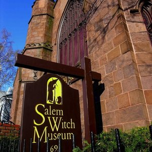 Merry, Salem Witch Museum