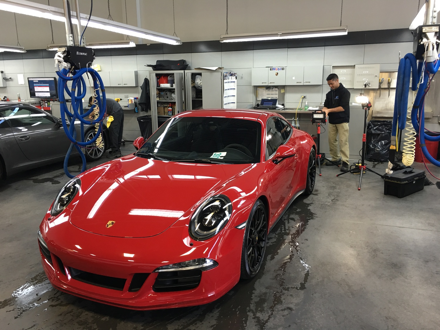 Porsche+Centre+Oakville+Inception+Auto+Detailing.jpg