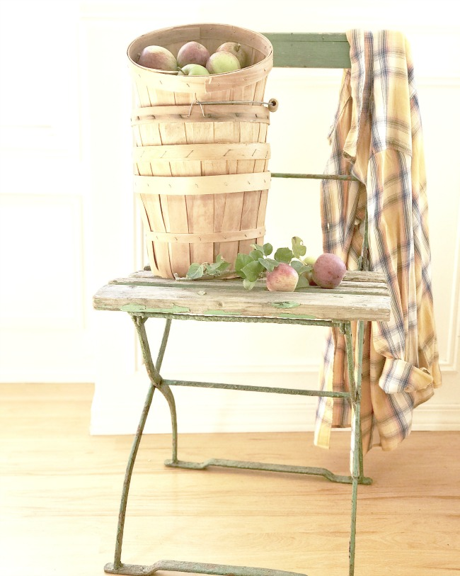 apple basket farmhouse decor.jpg