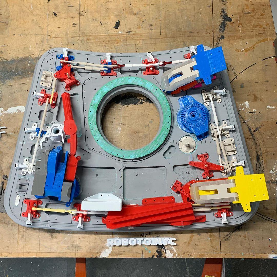robotonyc-hatch-5.jpg