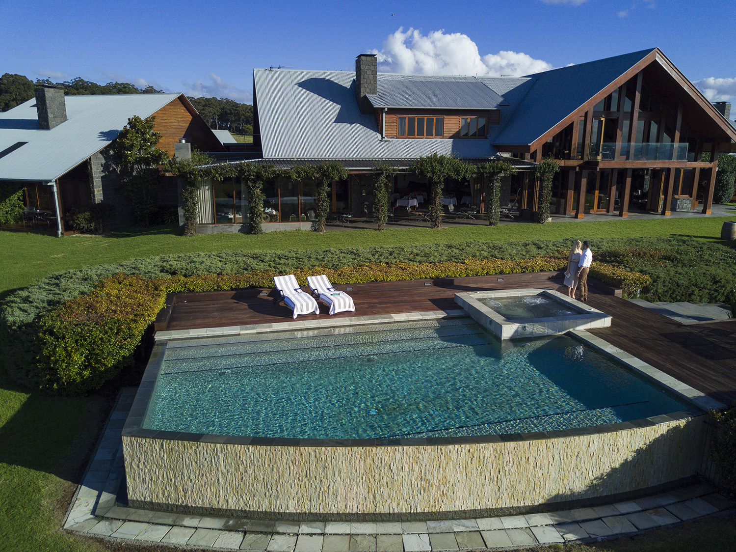 Luxury Retreat Spicers Peak on the highest point of Queensland.
