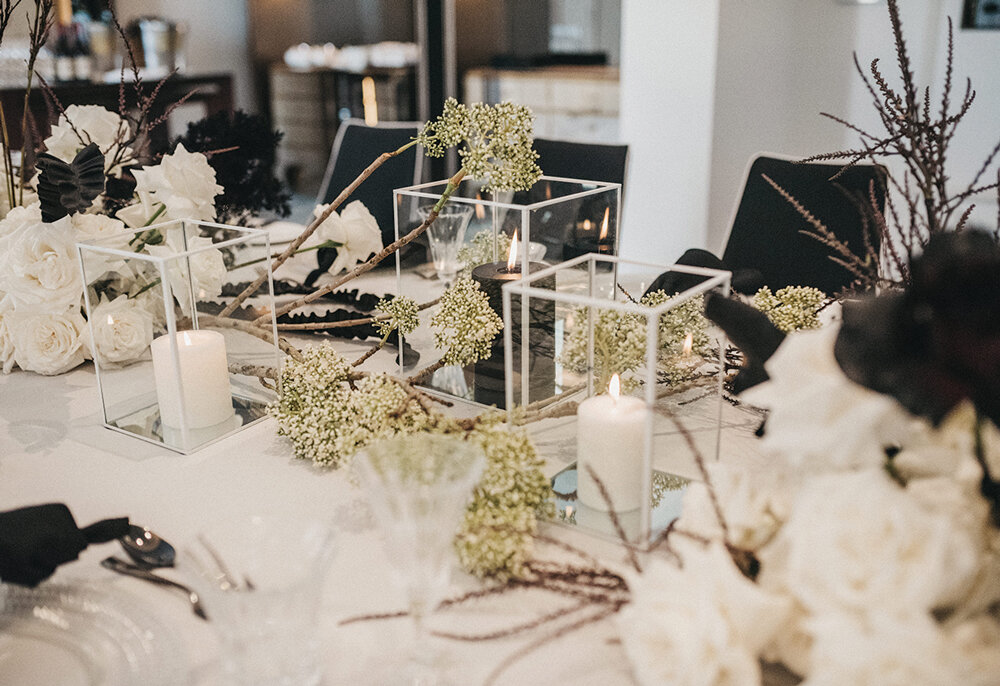 TABLE-SETTING-FLORALS.jpg