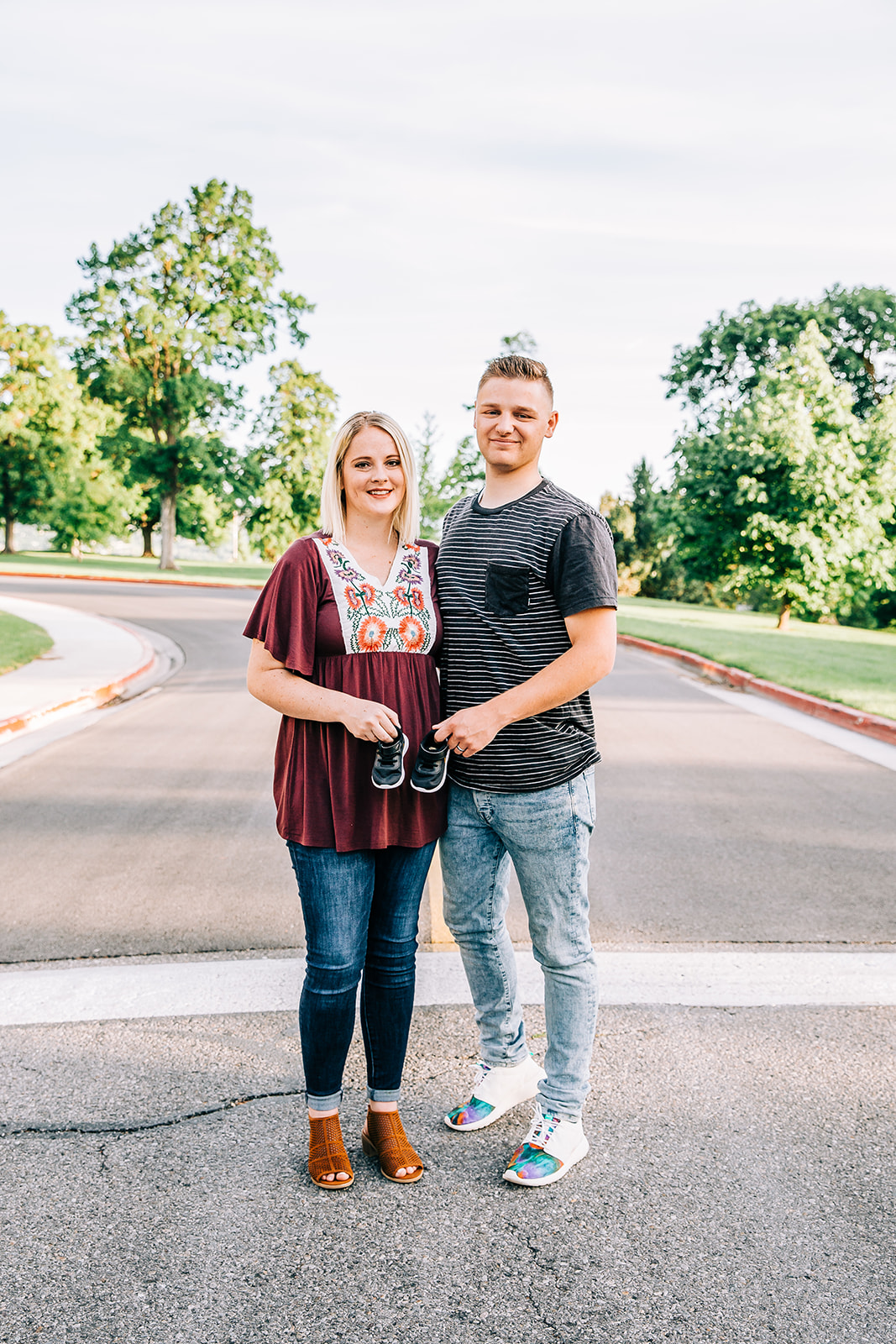 professional maternity photos by logan utah newborn photographer bella alder photography cute pregnancy announcement pictures with tiny shoes #bellaalderphoto #newborns #newbornpics #newbornphotographer #maternityphotos #pregnancyannouncement #genderreveal #birthannouncement #birthstoryphotographer
