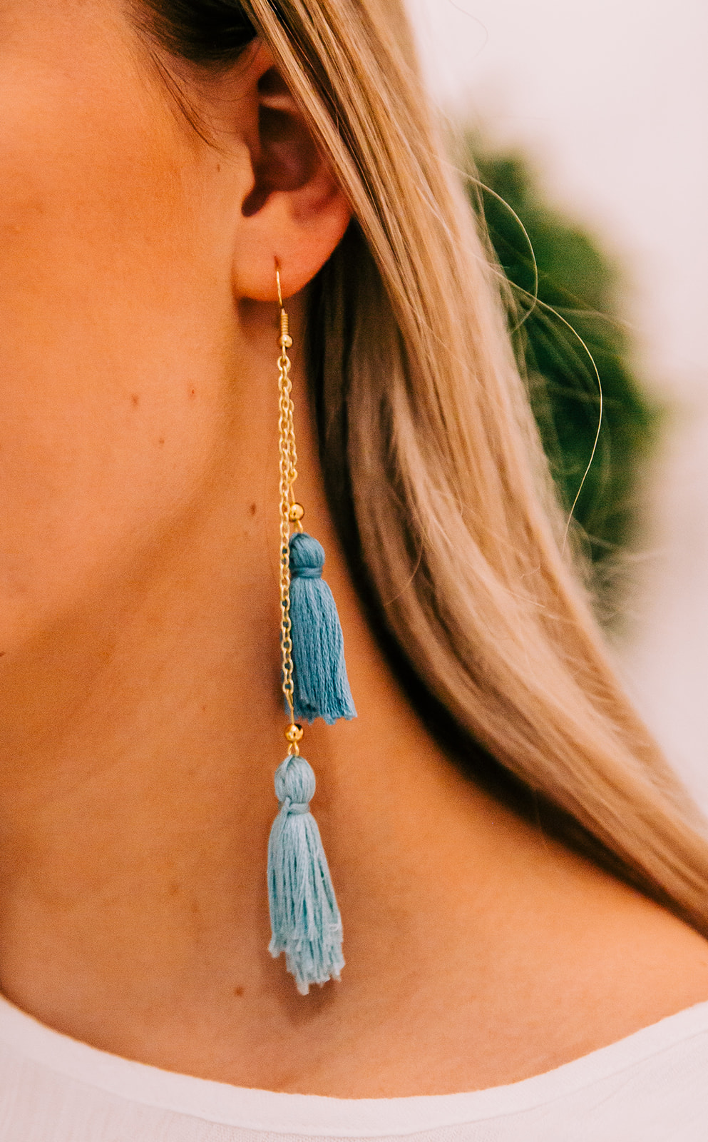 Product photos earrings tassels jewelry boutique online shop commercial photography logan utah bella alder photography professional product photographer #bellaalderphoto #productphotos #commercialphotography #jewelryboutique #onlineboutique #etsyphotos #professionalpics #laytonutahphotographer #loganutahphotographer