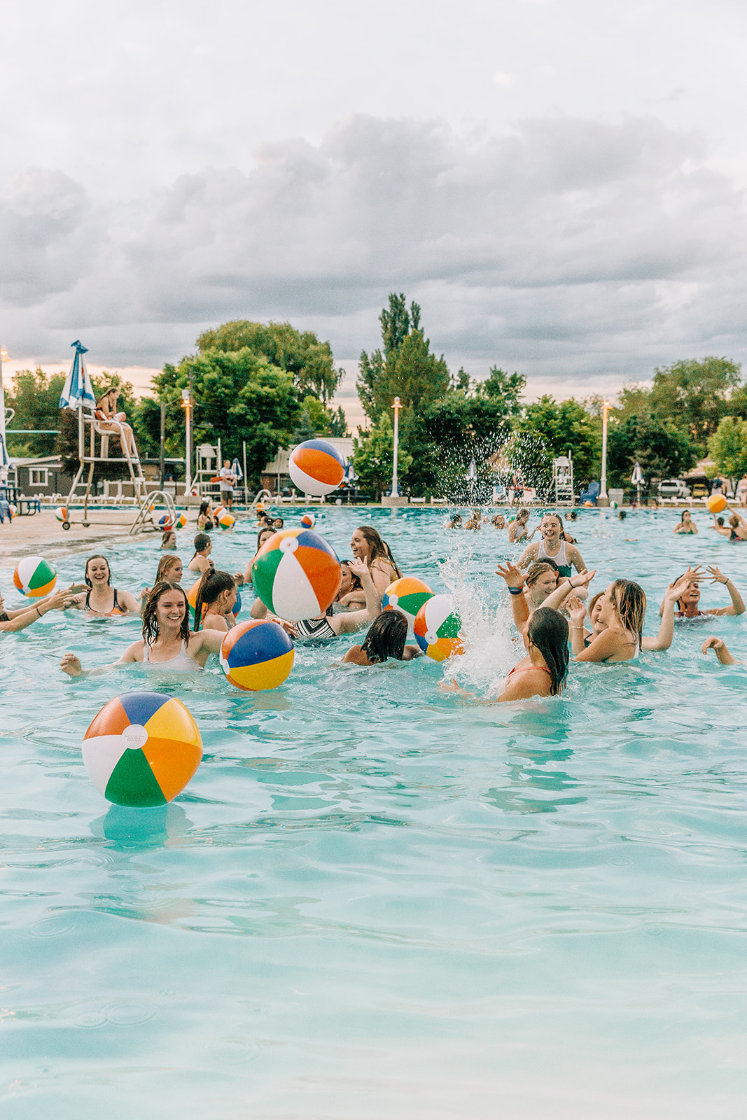 commercial photographer at epic pool party inspo by nani swimwear in logan utah professional event pictures cache valley bella alder photography #bellaalderphoto #poolparty #professionalevent #eventinspo #poolpartyinspo #commercialevent #commercialphotography