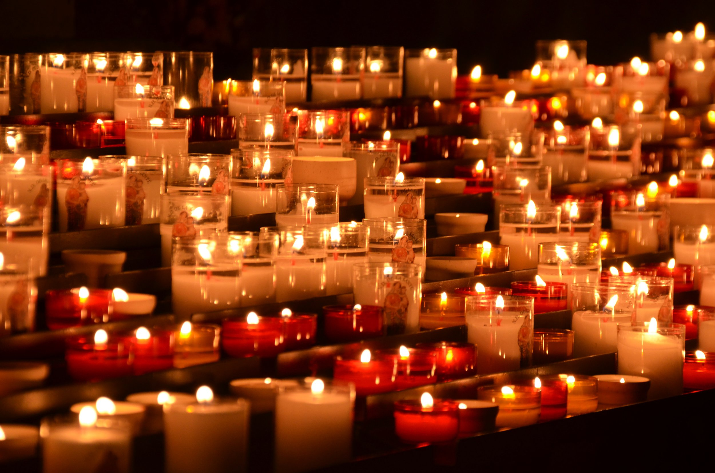 candlelight-candles-chruch-54512.jpg